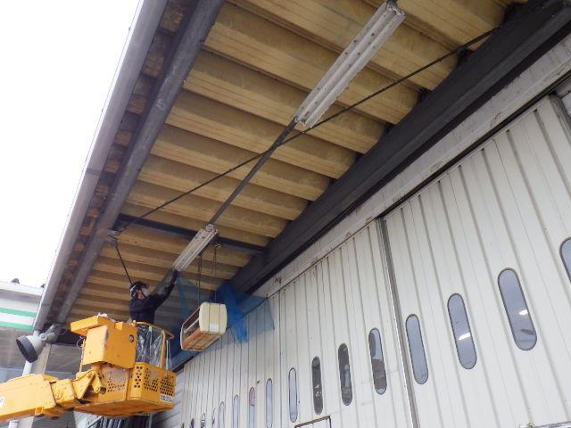 工場 防鳥ネット 庇6
