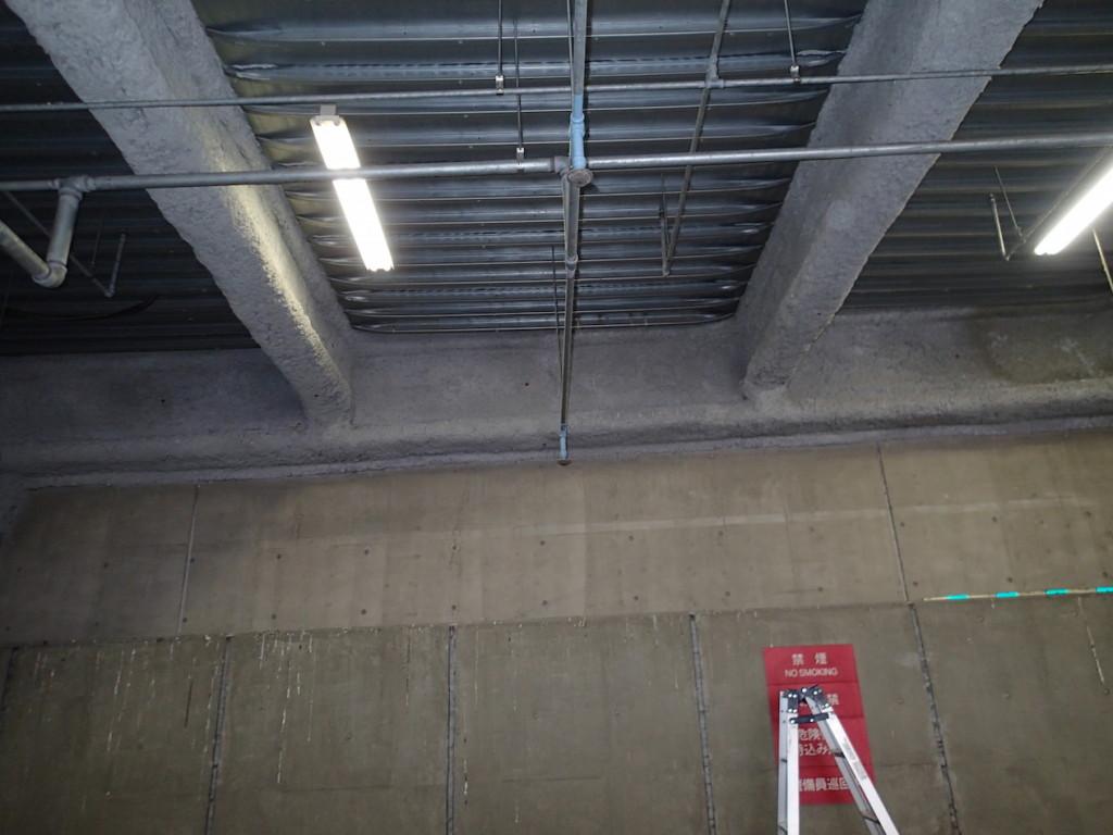地下駐車場 ネット施工3