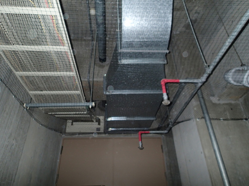 地下駐車場 ネット施工12