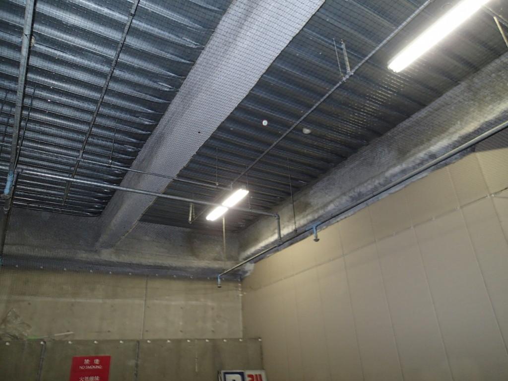 地下駐車場 ネット施工25