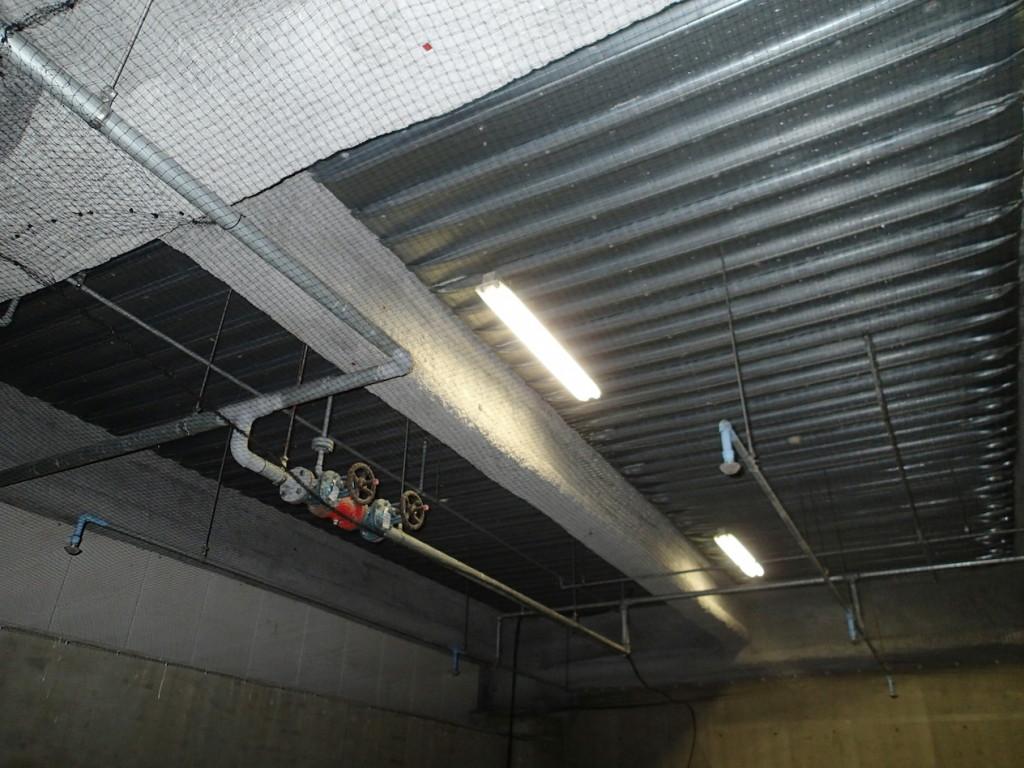 地下駐車場 ネット施工30